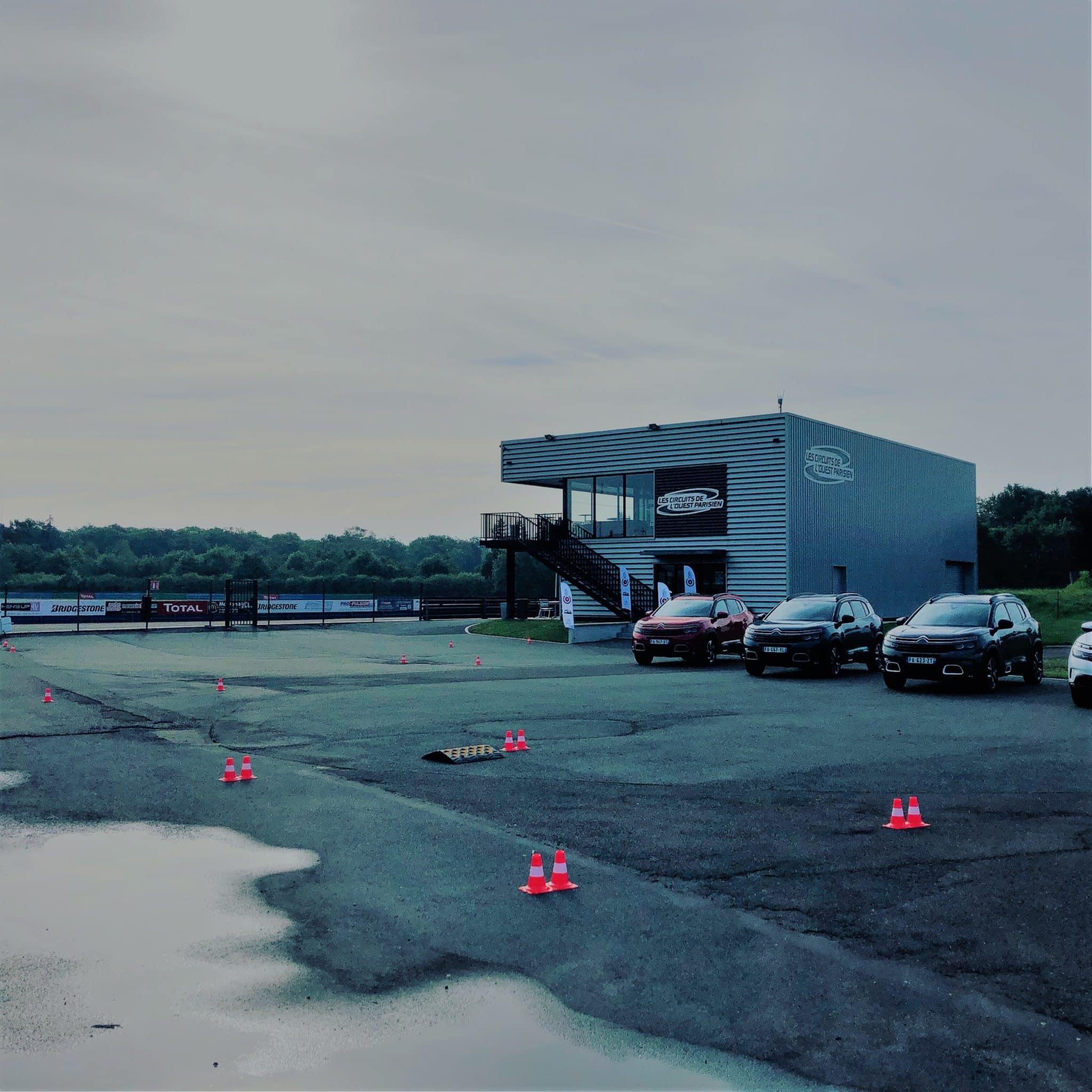 Agence de communication événementielle : Roadshow constructeur